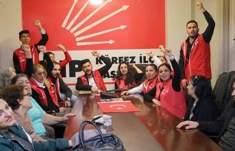 İYİ Parti söylentisinin ardından CHP'liler eylem başlattı
