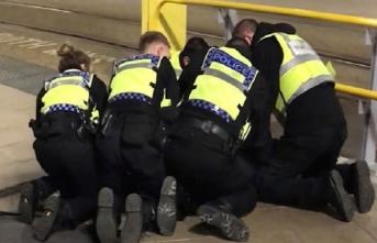 Manchester'daki bıçaklı saldırıya terör soruşturması