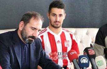 Sivasspor'un yeni transferinden kötü haber!