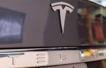 Tesla yaklaşık 3 bin çalışanını işten çıkaracak