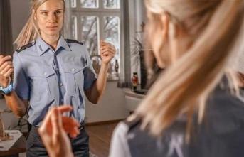'Ya polis ol ya Instagram fenomeni' dediler, seçimini yaptı
