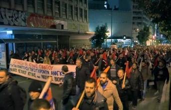 Yunanistan'da öğretmenler ayaklandı