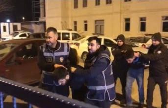 Ankara'da silahlı soygun dehşeti! Soyguncu kovalamaca sonucu yakalandı