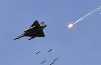 Asya'da yüksek gerilim: Pakistan, Hindistan uçağını vurdu