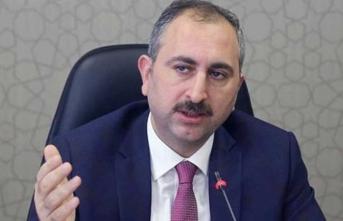 Bakan Gül'den nöbetçi noter açıklaması