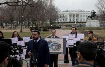 Beyaz Saray'ın önünde 'Kaşıkçı' için toplandılar!