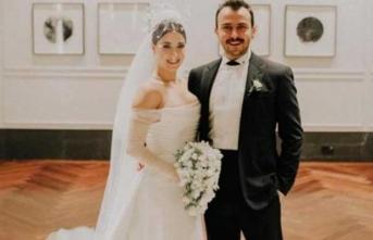 Hazal Kaya'nın düğününe katılmayarak şaşırttılar