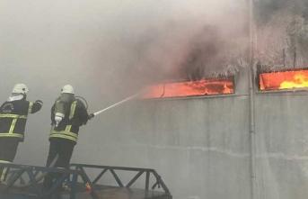 İplik fabrikasında yangın!