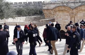İsrailli bakan sınırı aştı! Beraberindeki grupla Mescid-i Aksa'ya girdi