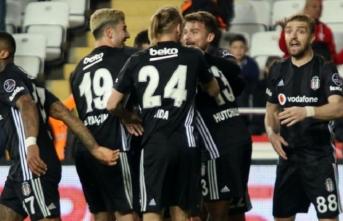 Kagawa şov... Besiktaş Antalyaspor'u gole boğdu