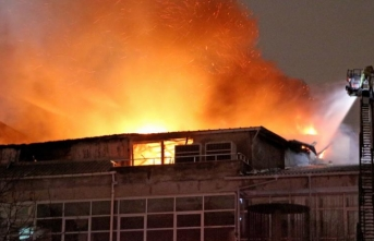 Kağıthane'de iş yeri yangını