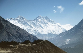 Küresel ısınma Himalaya buzullarını eritecek