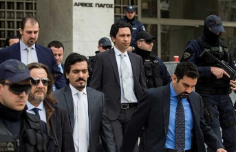 Yunanistan'a kaçan darbeci askerlerin cezası belli oldu!