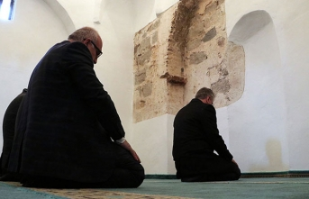 450 yıllık mescitte 119 yıl sonra ilk namaz