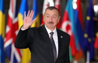 Aliyev, 1 Türk'ün de bulunduğu çok sayıda mahkumu affetti