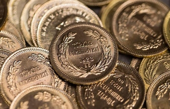 Altın fiyatları 2,5 ayın zirvesinde