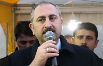 'En büyük Kürt partisi AK Parti'dir'