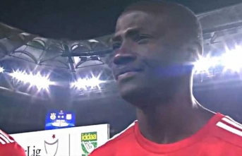 Fenerbahçe maçındaki tekbir sesleri Ndinga'yı duygulandırdı