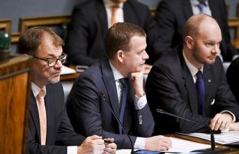 Finlandiya'da hükümet depremi!