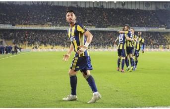 Fenerbahçe, nefes aldı! Maçta 5 gol, 1 penaltı, 1 kırmızı