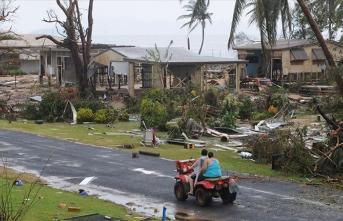 Kasırga alarmı! Binlerce kişi tahliye ediliyor