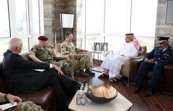 Katar Rusya'dan sonra İngiltere ile de masaya oturdu!