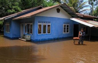 Ülkedeki sel ve heyelanda ölü sayısı 100'ü aştı