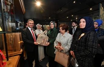 Üsküdar Belediyesi'nden 'İz Bırakan Kadınlar Zirvesi'