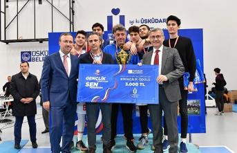 Üsküdar'da liseler arası şampiyon belli oldu
