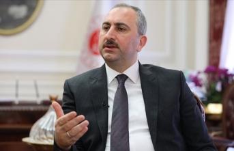 Adalet Bakanı Gül'den CHP'ye cevap