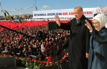 AK Parti'den seçmene teşekkür...