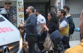 Beyoğlu'nda bıçaklı kavga: 3'ü öğrenci 4 yaralı
