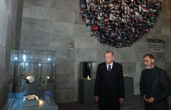 Cumhurbaşkanı Erdoğan'dan Hafıza 15 Temmuz Müzesi'ne ziyaret