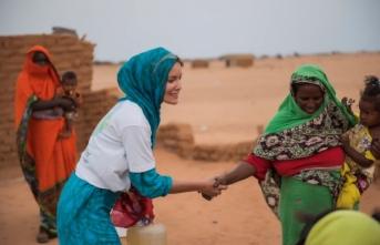 Gamze Özçelik'e 'Sudan' darbesi