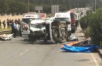 İzmir'de feci kaza:  Çocukların da olduğu çok sayıda ölü var