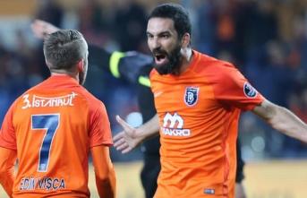 Kritik dönemeçte Başakşehir'e çifte şok!