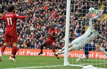 Liverpool da Manchester City de yarıştan kopmuyor