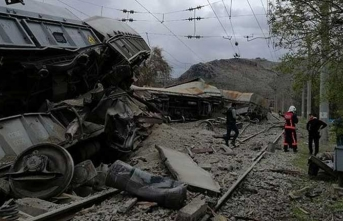 Malatya'da tren kazası! Vagonlar devrildi