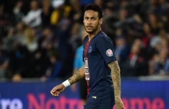 Neymar'a 3 maç 'VAR' cezası