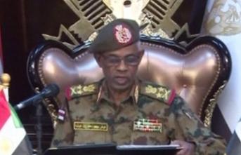 Ordu yönetime el koymuştu! Dünyadan tepkiler geliyor