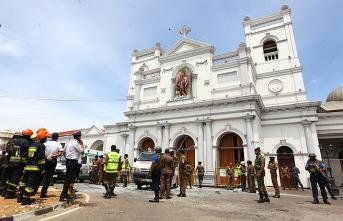 Sri Lanka'da sular durulmuyor! Onlarca ölü..