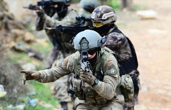 Hakkari'de kalleş saldırı: 3 asker şehit