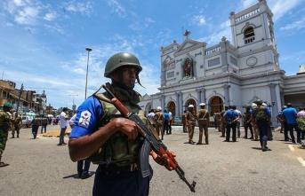 Uluslararası ajanslar 'son dakika' koduyla geçti! Sri Lanka saldırılarını…