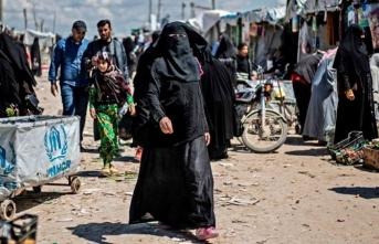 60 binden fazla DEAŞ militanı Hol Kampın'da