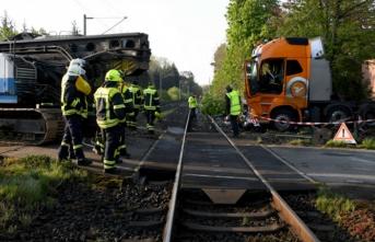 Almanya'da korkutan kaza: Yaralılar var