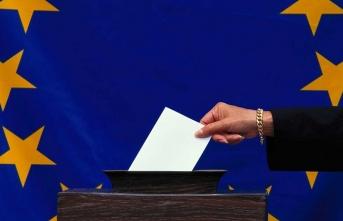 Avrupalılar, tarihi seçimde son sözü söylemek için sandık başında