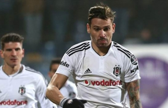 Beşiktaş'ın eski oyuncusu Ersan Gülüm'den sürpriz transfer
