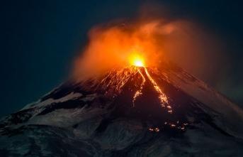 Etna yanardağı harekete geçti