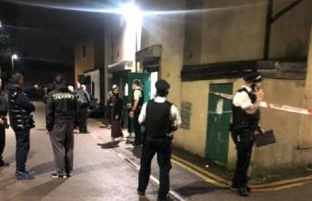 Londra'da camiye saldırı girişimi