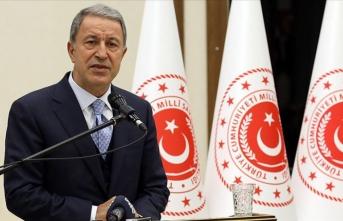 Milli Savunma Bakanı Akar'dan yeni askerlik sistemine ilişkin açıklama